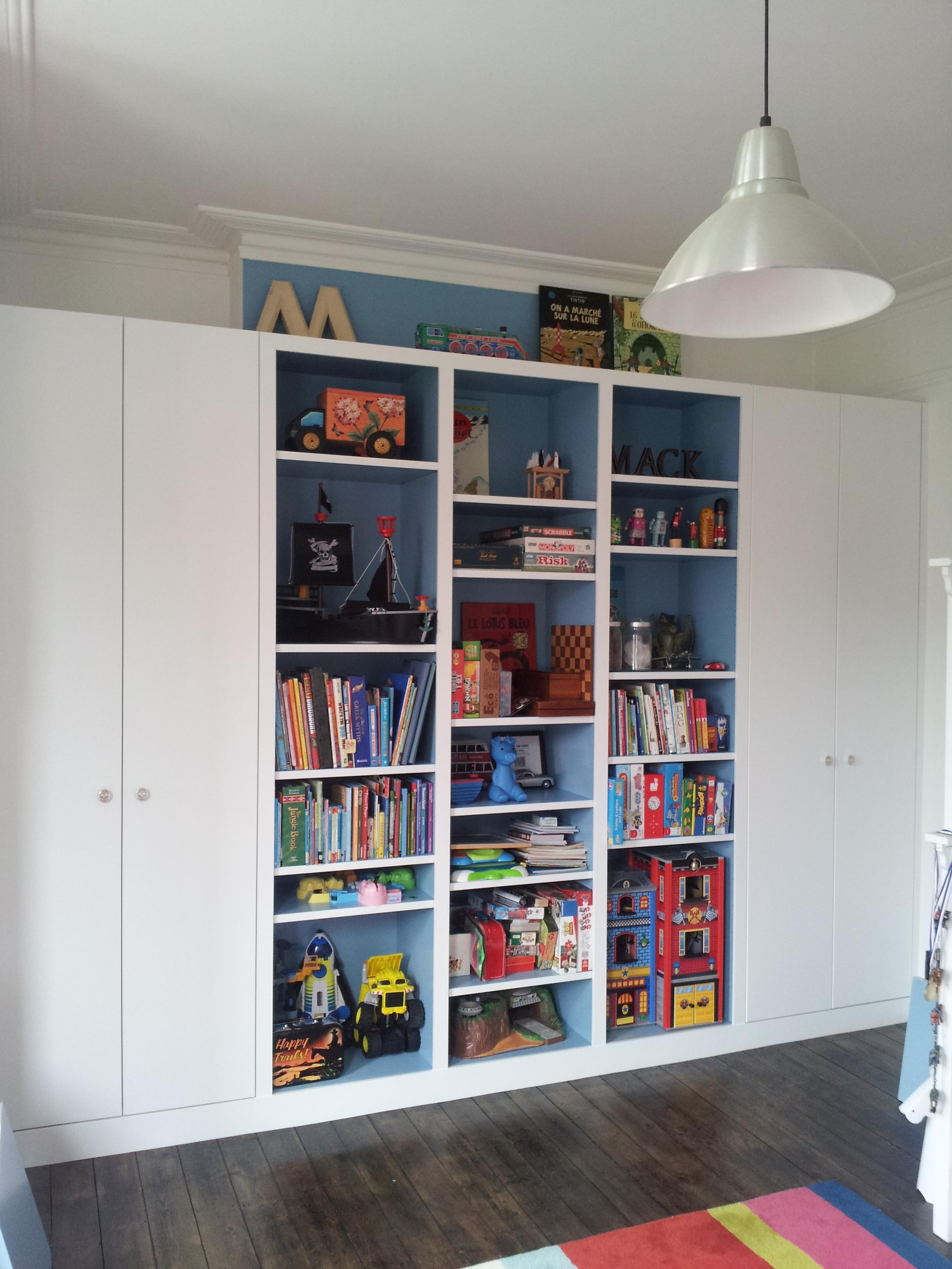 Vicky Keith Roche shelf unit + wardrobes (2) - Copy
